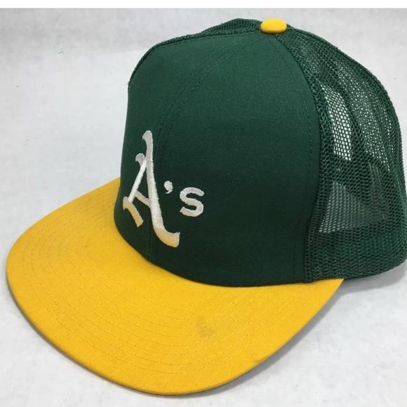 b0f86e60 Oakland Athletics SnapBack Hat Trucker Mesh 90s. M_5a6b4a4d31a37679ef0307ec